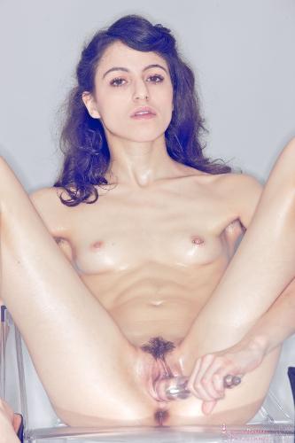 01 - Judy Minx - Deeeeep! (89) 4000px
