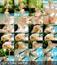 18Eighteen/PornMegaLoad - Elsa Jean - Bikini Tease (HD/240 MiB)