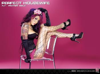006 Perfect Housewife