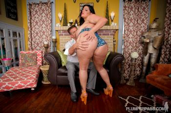 19-08-2015 - Angelina Castro - Two Scoops Please-2993pp PlumperPass.com