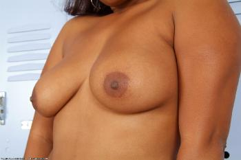 159379 - Maisha thick women