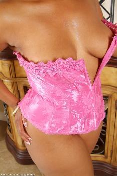 162042 - Maisha thick women