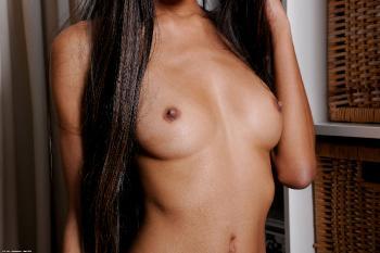 237561 - Nadia Pariss latinas