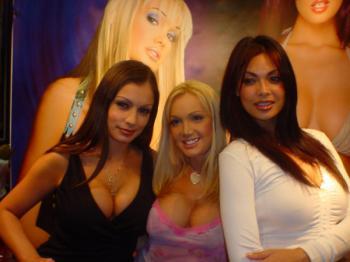 0084 can Erotica LA