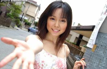 70 - Yui Hasumi