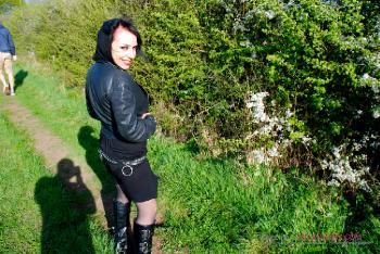 Gina Snake_Outdoor Dogging